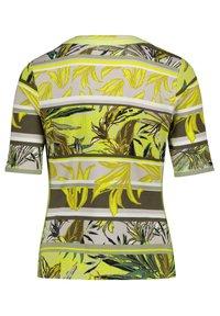 Betty Barclay - Print T-shirt - green/yellow - 4