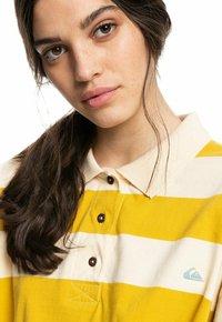 Quiksilver - Polo shirt - lemongrass modern day - 4
