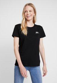 Alpha Industries - BASIC T SMALL LOGO - T-shirt basic - black - 0