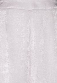 Little Mistress Tall - LITTLE MISTRESS TALL - Spodnie materiałowe - silver - 2