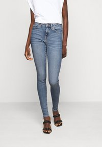 Selected Femme Tall - SLFSOPHIA - Jeans Skinny Fit - medium blue denim - 0
