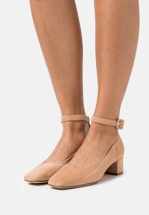 DALIA - Classic heels - sahara
