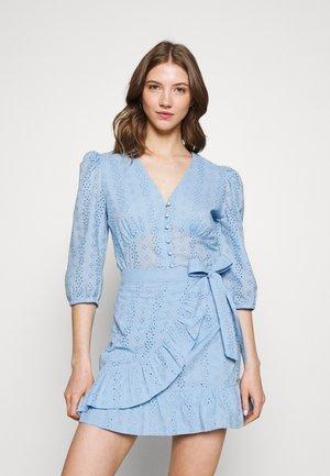 ELINE BROIDERIE ANGLAISE - Pusero - blue
