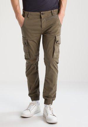 JJIPAUL - Cargo trousers - walnut