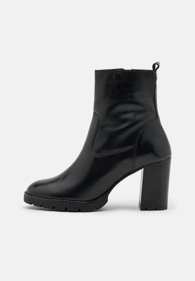 PANNER - Kotníkové boty - black