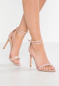 Even&Odd - Sandaler med høye hæler - nude - 0