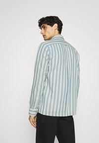 Ben Sherman - CANDY STRIPE - Shirt - riviera blue - 2