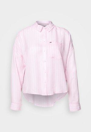 BOLD STRIPE - Skjorte - romantic pink/white