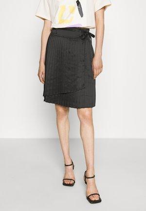 CLEMANDE FASHION SKIRT - Pleated skirt - black