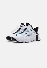 Nike Performance - FREE METCON 3 - Sports shoes - white/baltic blue/pink blast/black - 1