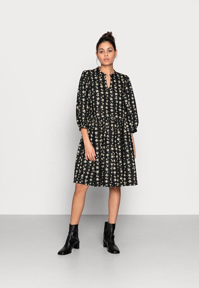 CLARABEL 3/4 DRESS - Vestito estivo - black flower
