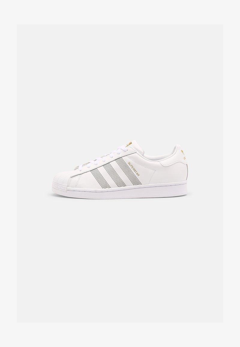 adidas Originals - SUPERSTAR UNISEX - Sneakersy niskie - white/gold