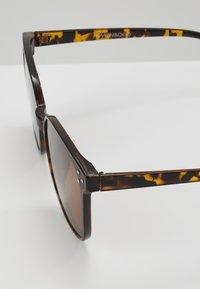 Even&Odd - Sunglasses - brown - 2