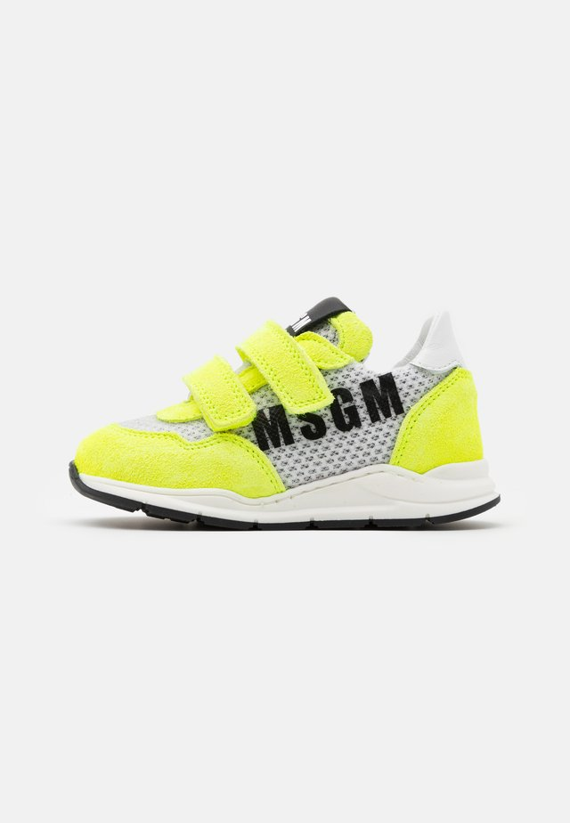 UNISEX - Sneakers - white/neon yellow