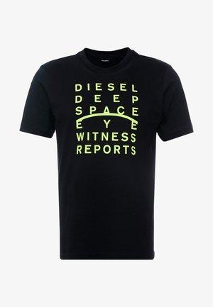 JUST - T-shirt imprimé - black