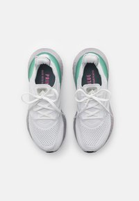 adidas Performance - ULTRABOOST 21 UNISEX - Sportovní boty - crystal white/hazy green - 3