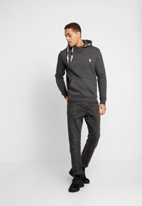 INDICODE JEANS - NEVILLY - Sweat à capuche - charcoal mix - 1