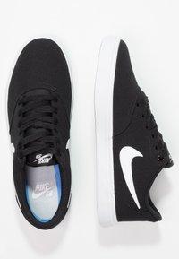 Nike SB - CHECK SOLAR - Sneaker low - black/white/pure platinum - 3