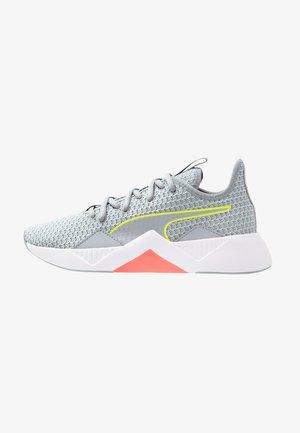 INCITE FS - Sports shoes - quarry/yellow alert/pink alert