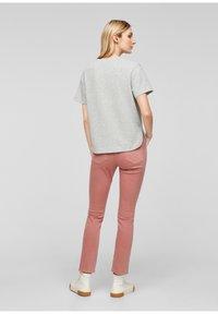 s.Oliver - T-shirt imprimé - gray - 2