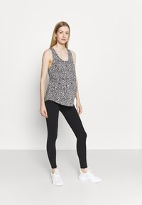 Cotton On Body - MATERNITY TRAINING TANK - Camiseta de deporte - winter animal micro - 1