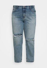 ONLY Carmakoma - CARINC ROBYN LIFE - Straight leg jeans - light blue denim - 3