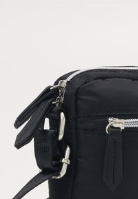 Valentino Bags - REALITY - Across body bag - nero - 3