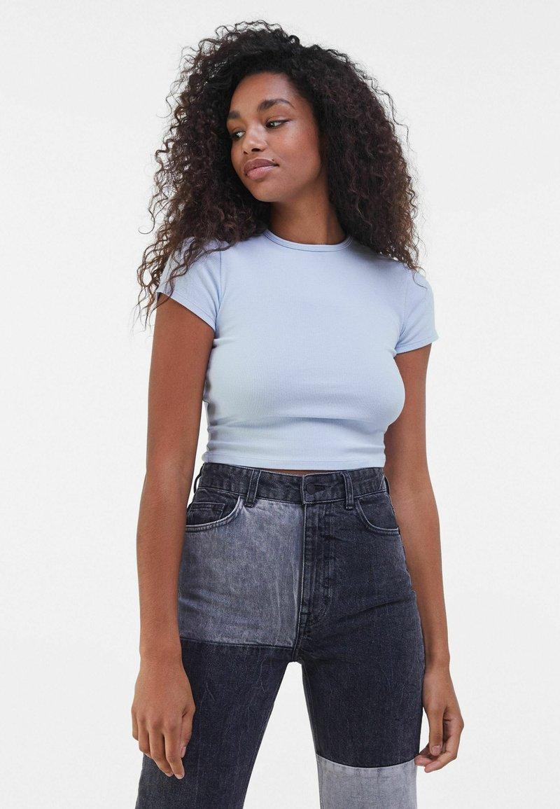 Bershka - T-shirt basique - light blue