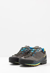 Mammut - KENTO LOW GTX MEN - Climbing shoes - dark titanium/freesia - 2