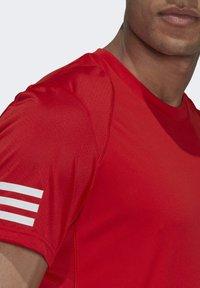 adidas Performance - 3-STREIFEN - T-shirt imprimé - red - 2