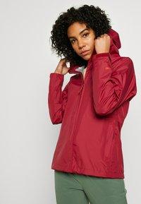 Patagonia - TORRENTSHELL - Hardshell jacket - roamer red - 3