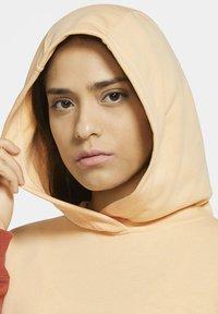 Nike Sportswear - HOODIE ARCHIVE - Hoodie - orange chalk/firewood orange/white - 3