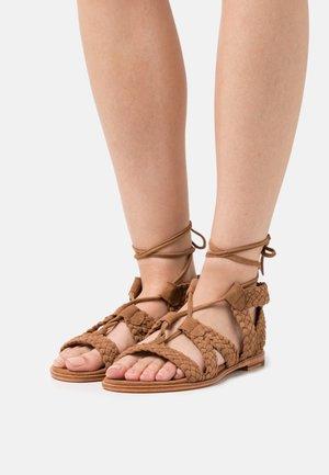 SANDRA - Sandały - natural