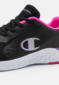 Champion - LOW CUT SHOE BOLD  - Sports shoes - black/fucsia - 5
