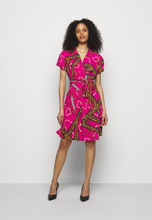 PRINTED DRESS - Korte jurk - aruba pink