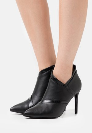 AMISS - High heeled ankle boots - black