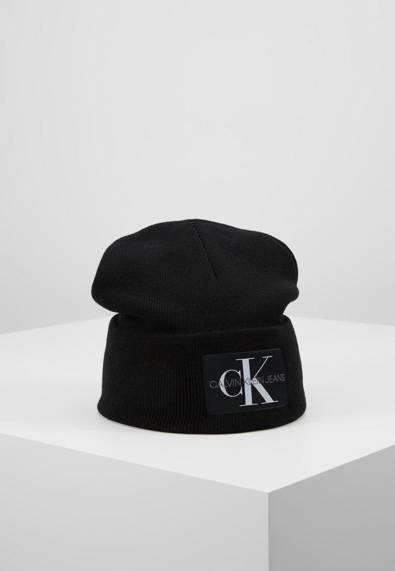 Calvin Klein Jeans - BASIC MEN BEANIE - Huer - black