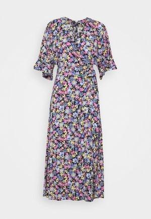 DOLLY LONG DRESS - Denní šaty - spring