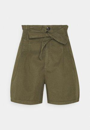 ONLPIPI LIFE PAPERBAG BELT - Shorts - kalamata