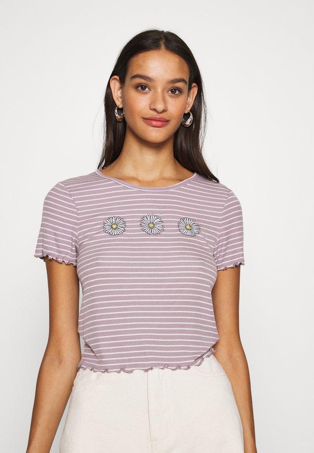 BABY TEE - Print T-shirt - purple