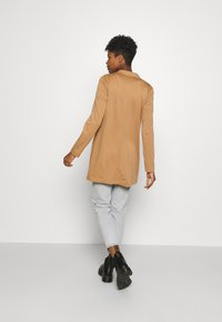 Vero Moda - VMCHLOE LONG BOO - Manteau court - tobacco brown - 2