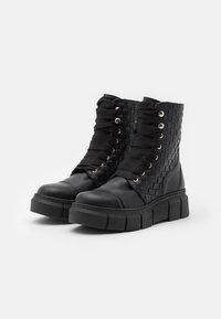 ALOHAS - CAN  - Platform ankle boots - black - 2