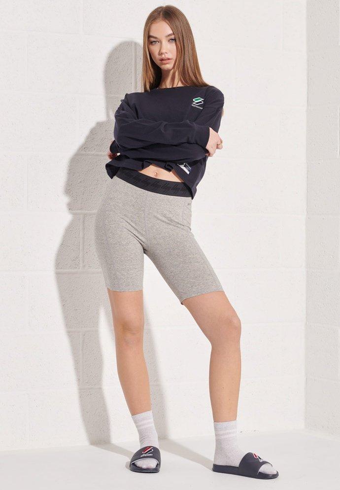 Women ESSENTIAL - Long sleeved top