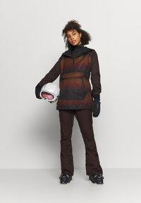 Volcom - MIRROR - Snowboardjacke - dark red - 1
