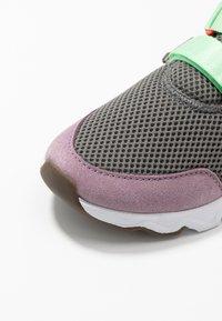 Sorel - KINETIC LITE STRAP - Sneakers laag - coal - 2