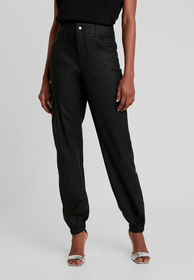 JETT CARGO PANT - Trousers - black