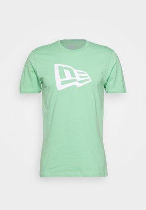 FLAG TEE - Print T-shirt - mottled teal