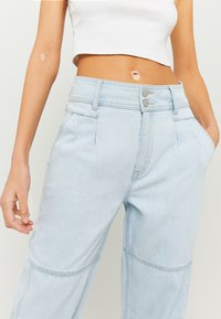TALLY WEiJL - Jeans Tapered Fit - blu - 3