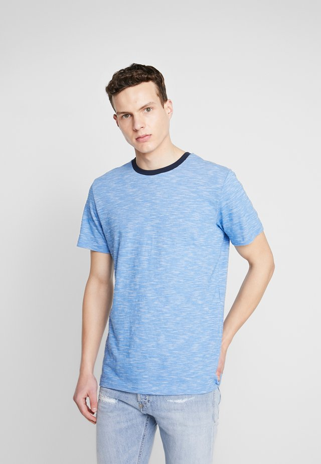 THE ORGANIC SPORTY TEE - T-shirt basic - strong blue