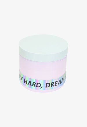 CANDLE - Świeca zapachowa - work hard dream big - pink primrose & sweet pea